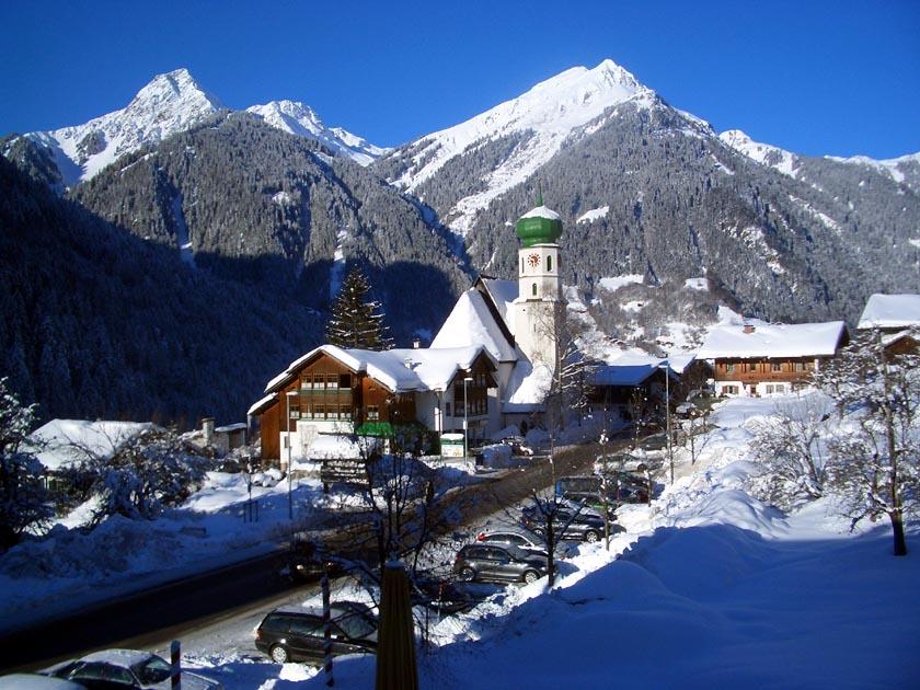 Skiing At St Gallenkirch Austria 2006